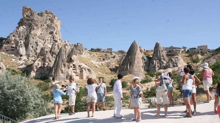 Kapadokya'da yerli turist tatili değil, seçimi seçti