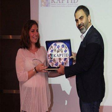KAPTİD Award of Excellence Ödülünü Damla Tuzcuoğlu Kazandı